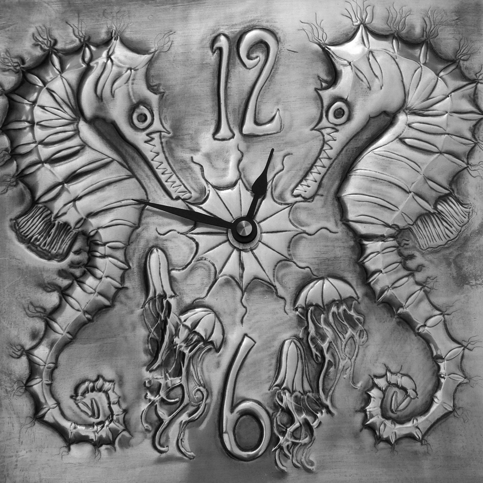 seahorse-clock